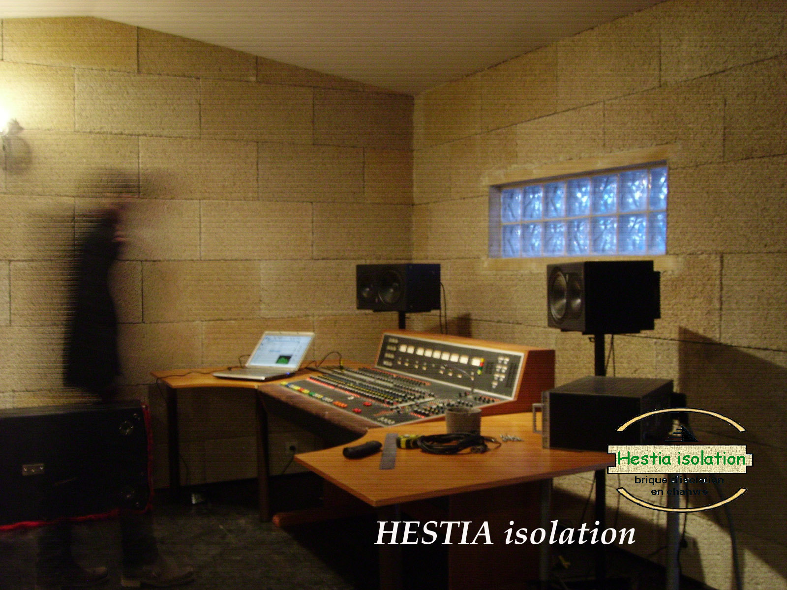 hestia isolation bloc chaux chanvre isolant phonique